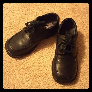 Kenneth Cole Reaction Boys Dress Shoes